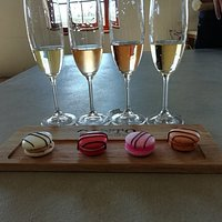 macaroon and sparkling wine