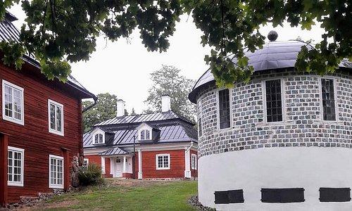round 'slag-stone' summerhouse