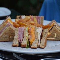 """Sandwichs """"club"""""""