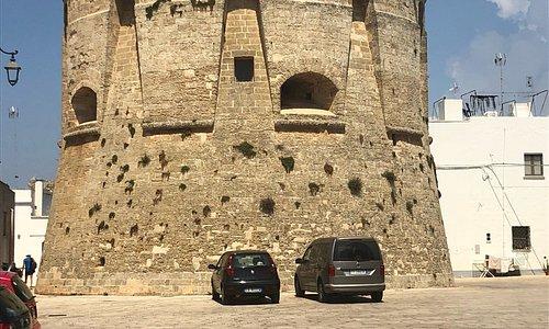 Torre e piazzetta di Salignano