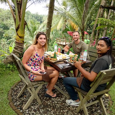 Rain forest lunch with wayan *thetransporterbali* owner