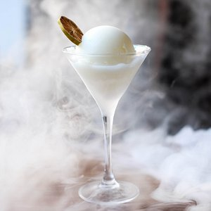 Foggy! Passion on Ice, A fully frozen Cocktail.