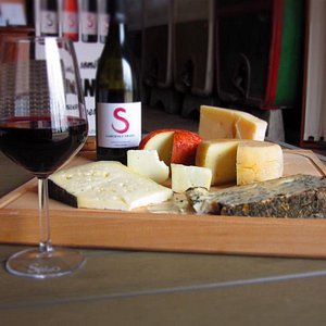 Wine tasting with selection of local cheese