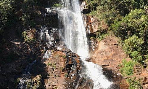 Cachoeira abaixo da Estrada - Dona