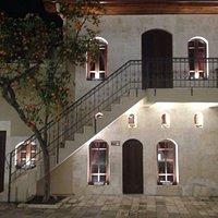 Antakya Medeniyetler Korosu Derneğine ev sahipliği yapan Medeniyetler Evi, Antakya'ya gelip de m