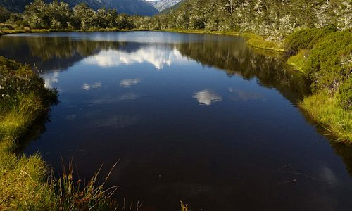 Außergewöhnlich klarer, da sehr saurer See