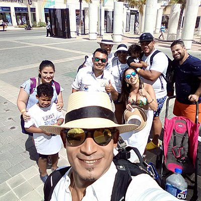 thanks AMIGOS from dominican republic,funny family!!!!