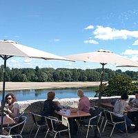 Terrasse vue sur Loire