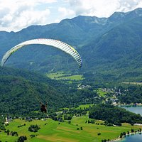 and they are off,lake Bohinj and Ribcev Laz far below.