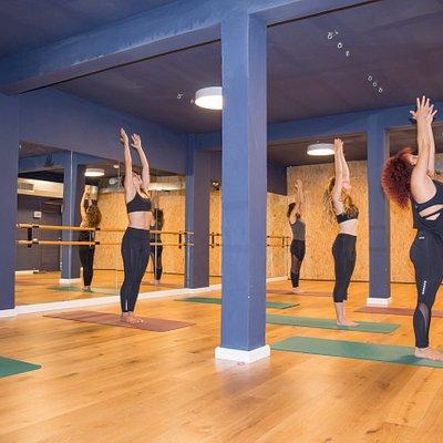 Hot yoga at studio SOL