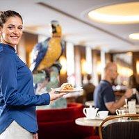 Service im Café-Bistro Dallmayr
