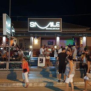 Smile Cocktail Bar | Club