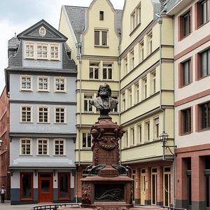 Frankfurt am Main: Stoltze-Brunnen