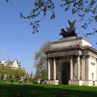 Wellington Arch & Statue - Green/Hyde Parks, London