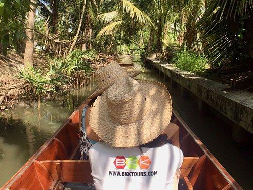 Boat tour in local area near Tha Kha floating market