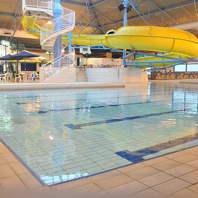 25 mtr pool with waves and slides