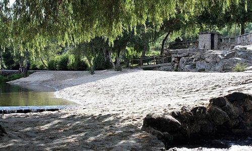 Praia fluvial de Rapoula do Coa