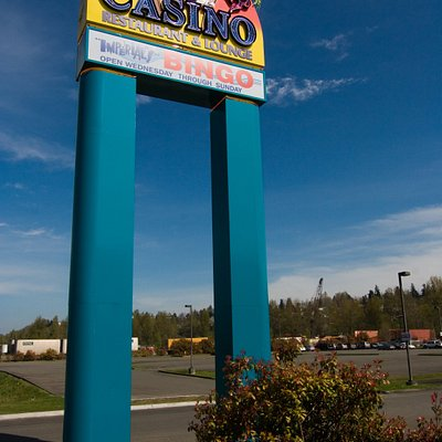 Turn this sign for a great casino gaming and dining experience.