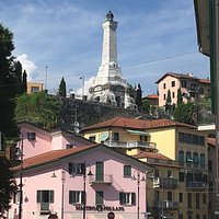Il faro- Monumento ai caduti di Besozzo