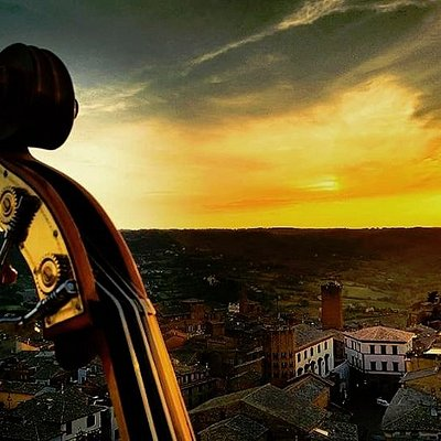Happy Tower gli aperitivi al tramonto in cima alla Torre del Moro