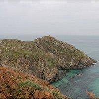 Pena Lopesa. Emplazamiento de un antiguo castro costero. Existen numerosas leyendas sobre el lug