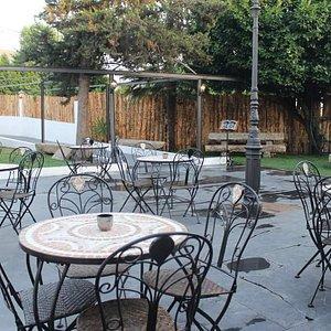 Esplanada Canecas Bar