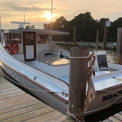 Major Gayle ready for a sunset sail on Onancock Creek!