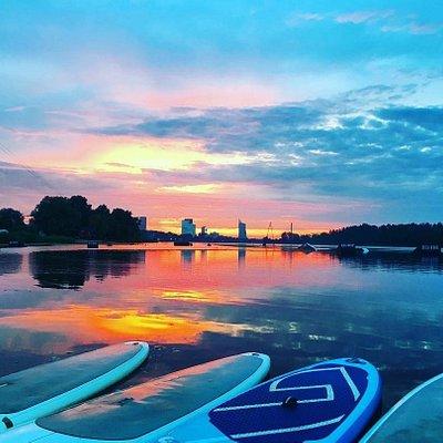 standunpaddleboards @sunset