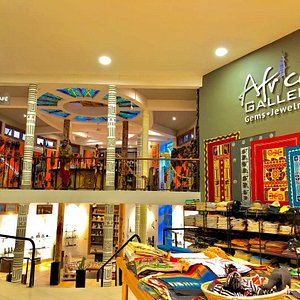 African Galleria curios and inside cafe