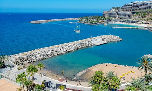 Beach at the Radisson Blu Resort, Gran Canaria