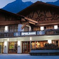 Der Blick auf die Spielbank Garmisch-Partenkirchen. Herzlich willkommen!