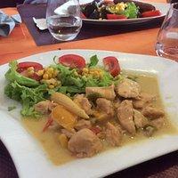 Émincé de pouvoir au curry..........et riz