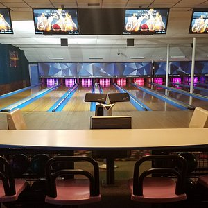 El Camp Lanes has just put in a fully upgraded all new state of the art Qubica system with LED l