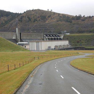 Lake Aviemore Spillway and Power Station
