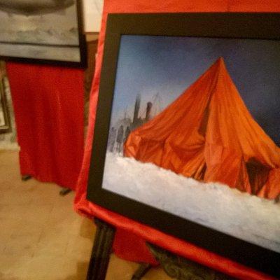 rappresentazione tenda rossa
