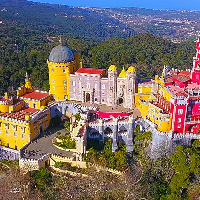 Visit the Pena palace in Sintra with Premiere.tours/Visite o palacio da Pena com a Premiere.tour