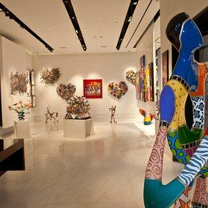 Eden fine art gallery Jerusalem - Interior