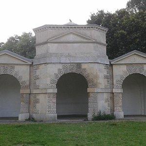 Queen Caroline's Temple exterior