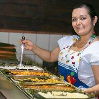 Nuestra cocinera Estrella.