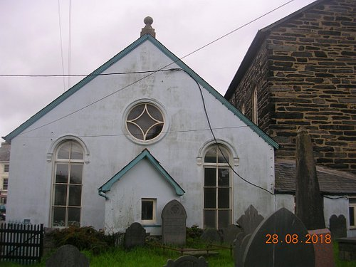 School room annexe & graveyard at rear of church