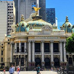 Praça da Cinelândia, Centro do Rio, onde está situado o Teatro