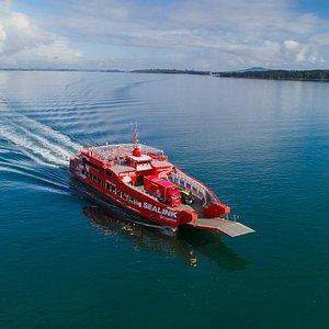 Seacat coming into Kennedy Point, Waiheke