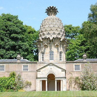 On tour at The Pineapple building near Airth