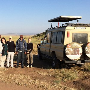 With our customers in the Serengeti National Park (Seronera area)