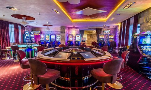 With over 40 different slots, electronic roulette including multi-gaming and touchscreen option