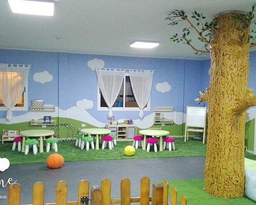crafts workshop, thematic parties, gardening, trampoline, cinema, videogames, chess...