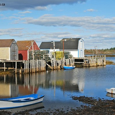 Blue Rocks fishing village near Lunenburg, Nova Scotia.