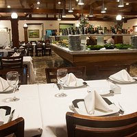 Amplo e arejado salão oferece conforto e tranquilidade aos clientes