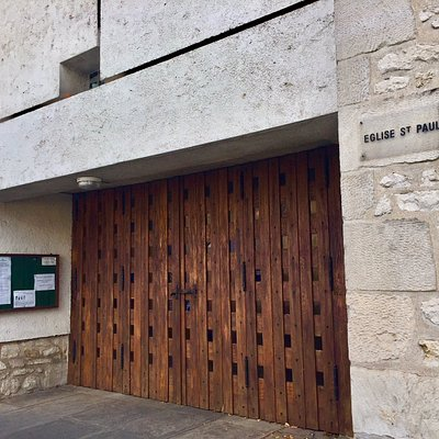 Une des églises contemporaines de Poitiers