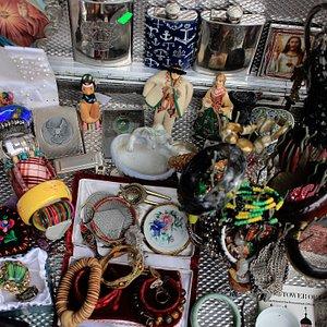 Jewellry table of vendor H.W.Wicks